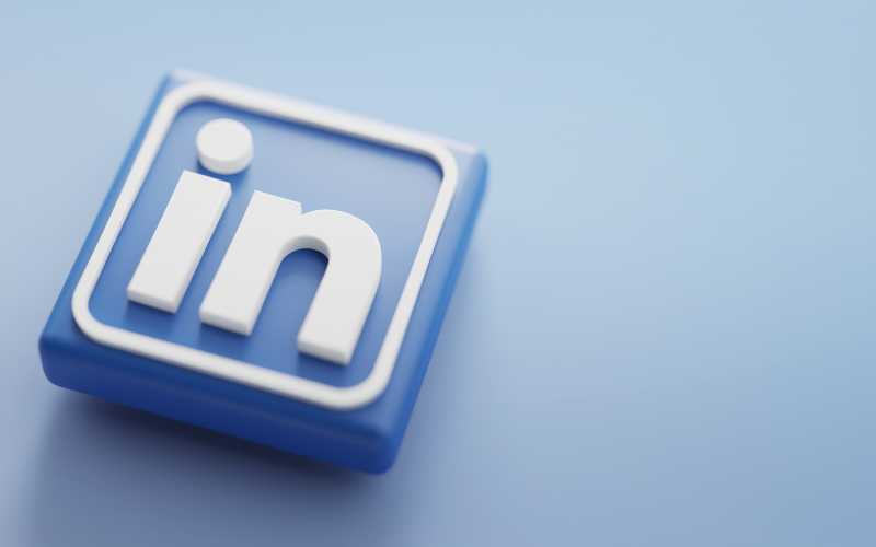 LinkedIn-Etiquette-Tips-To-Build-A-Professional-Network