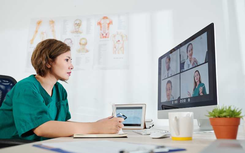 virtual meetings with employees