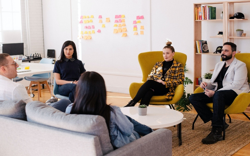 Employer brand building by team